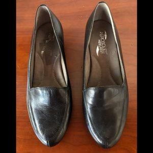 Aerosoles Black Leather Wedges